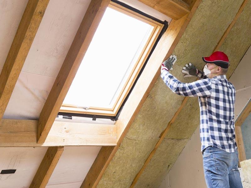 Утеплить крышу дома своими руками